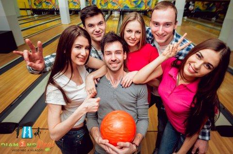 2 órás bowlingozás 6 adag nachos-szal