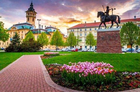 Zavartalan feltöltődés fürdőbelépővel Szegeden