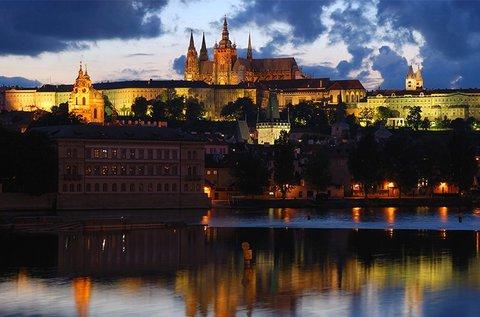 Buszos utazás a gyönyörű Prágába