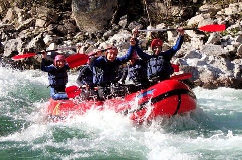 Hétvégi rafting túra 1 főre a szlovéniai Soca-folyón