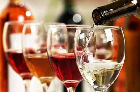 Különleges 3 fogásos borebéd külföldi borokkal