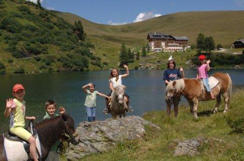 Családi vakáció teljes ellátással Patergassen-ben