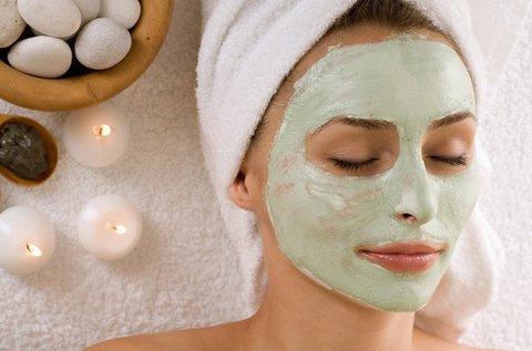 70 perces arckezelés bőrmegújító csiszolással
