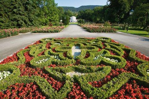 Vár a Rózsafesztivál Baden bei Wienben!