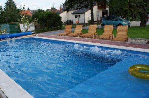 Nyár eleji lazítás Balatonmáriafürdőn