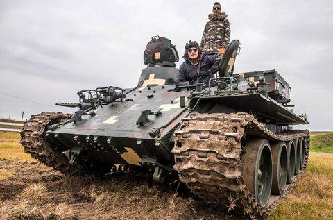 VT-55-ös tank vezetése 20 percben Gyálon