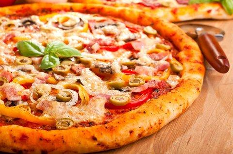4 db választható pizza a Római-parton