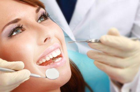Lézeres fogínykezelés alsó-felső fogsoron