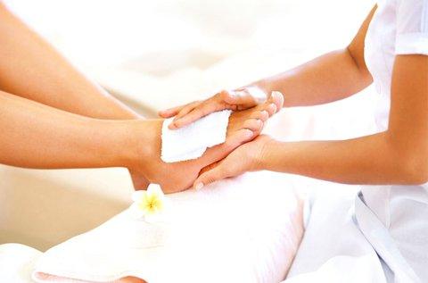 Profi gyógypedikűr az ápolt lábakért