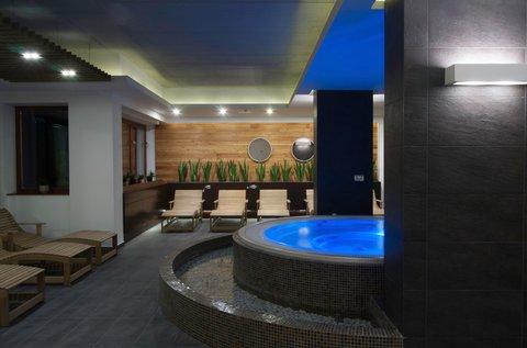 Sárvári wellness pihenés gyógyfürdő belépővel