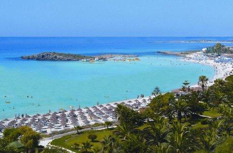 1 hetes fürdőzés Ciprus festői tengerpartján