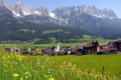 Őszi kirándulás Tirol hegyei közé buszos úttal