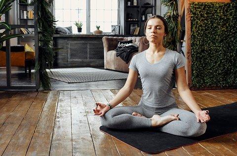 Tematikus online jóga tanfolyam