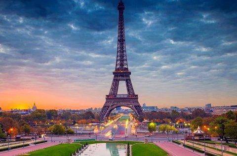 5 napos romantikus pihenés Párizsban repülővel
