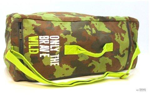 Diesel Parfumes camouflage unisex sporttáska
