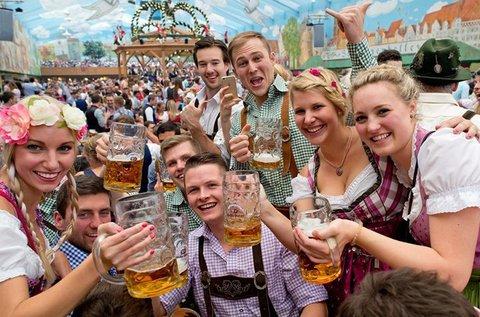 Buszos kirándulás a müncheni Octoberfestre