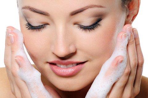 Kozmetikai nagykezelés arcpakolással