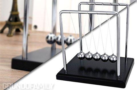 Balance Balls ütköző golyók interaktív játék
