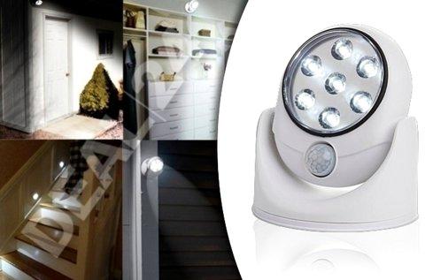 Mozgásérzékelős, falra szerelhető LED lámpa