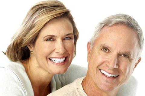 1 részes komplett fogimplantátum beültetése