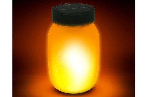 Lángokat imitáló, napelemes LED lámpa