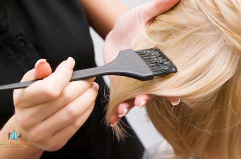 Női hajfestés mosással, szárítással, pakolással