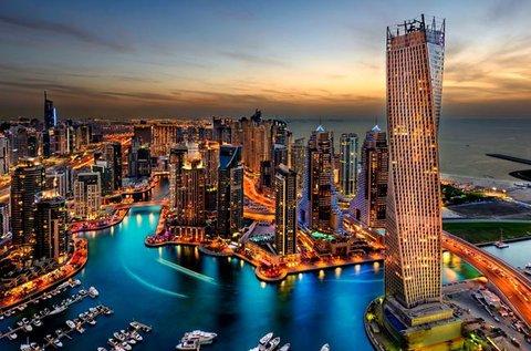 Irány Dubai izgalmas városa repülővel!