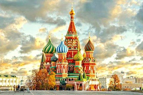 Felejthetetlen kiruccanás Moszkvába repülővel