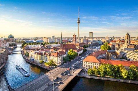 Városnézés a sokszínű Berlinben repülővel