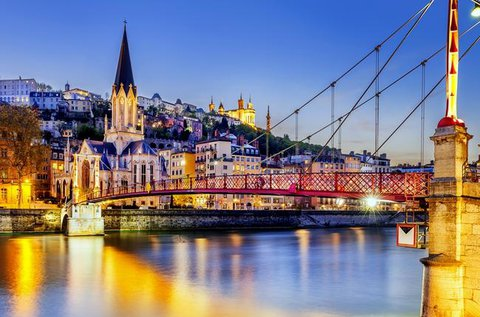 Városlátogatás Lyonban repülővel