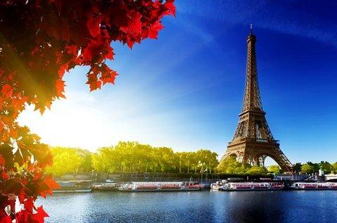 Látogatás a divat városába, Párizsba repülővel