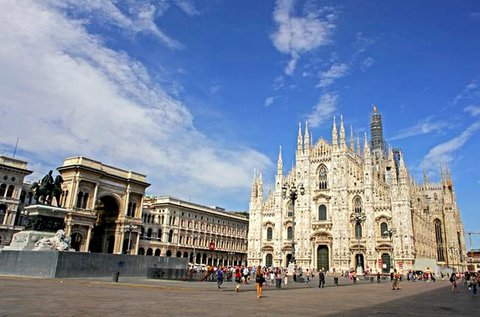 Élménydús városlátogatás Milánóban repülővel