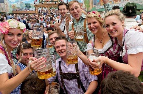 Oktoberfest Müchenben buszos utazással