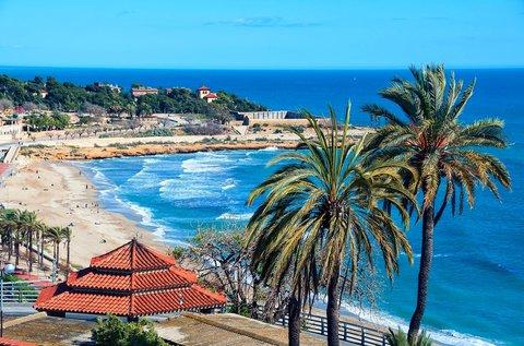 1 hetes üdülés repülővel a spanyolországi Salouban