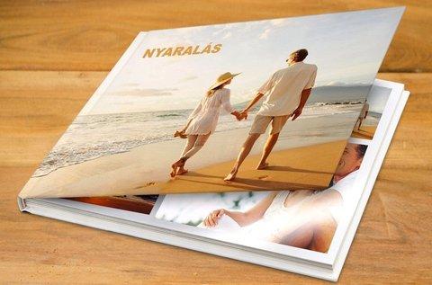 30 oldalas minőségi fotókönyv egyedi felirattal
