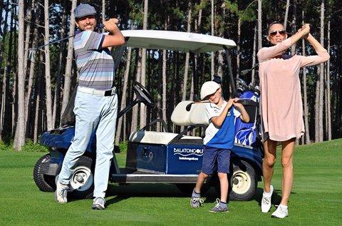 2 óra golfozás oktatással és golfautó használattal