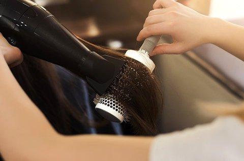 Trendi hajvágás keratinos ápolással, rövid hajra
