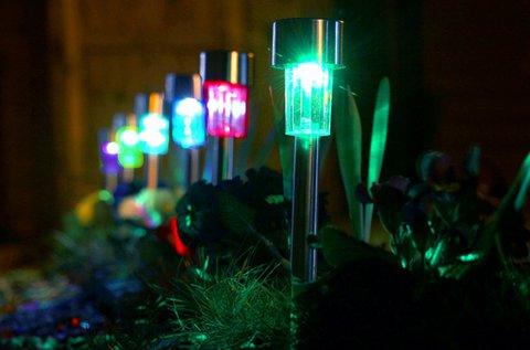 5 db napelemes színes kerti lámpa