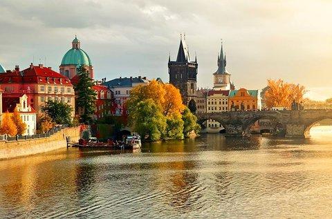 Októberi ünnepi hosszú hétvége 1 főnek Prágában