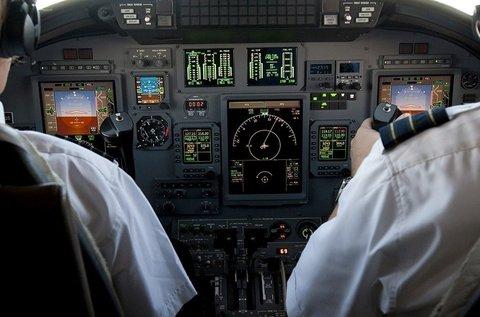 1 órás repülőgép szimulátor vezetés