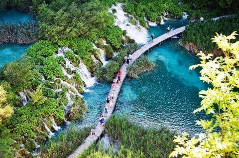 Őszi buszos kirándulás a Plitvicei-tavakhoz