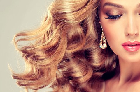 Női hajvágás keratinos pakolással, fejmasszázzsal