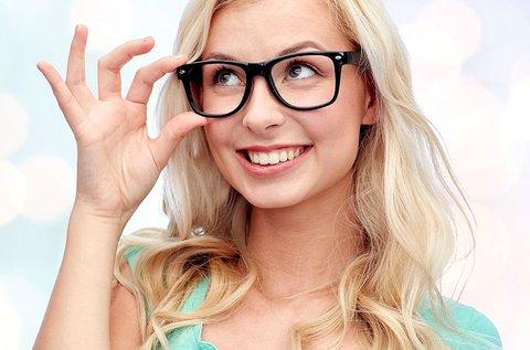 Komplett szemüveg Hoya lencsével, látásvizsgálattal