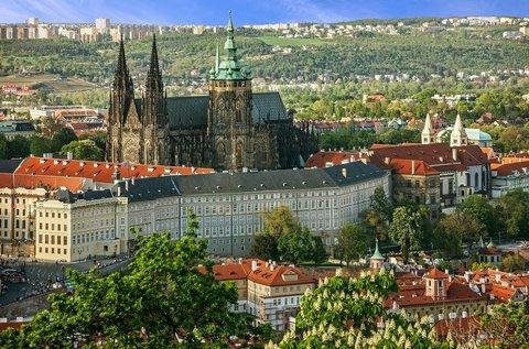 Látogassatok el a száztornyú Prága városába!