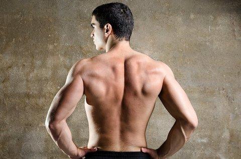 SHR végleges szőrtelenítés háton férfiaknak