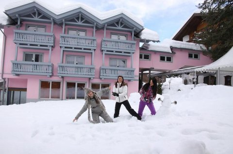 Aktív téli pihenés Dél-Karintiában, hétvégén is