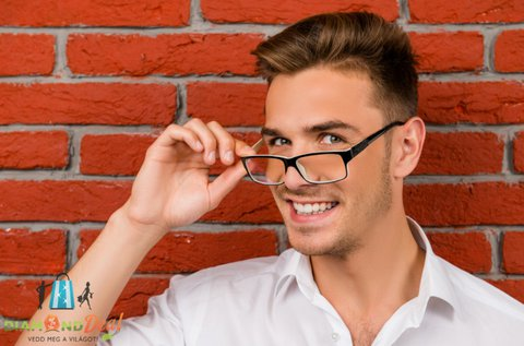 Komplett fényre sötétedő szemüveg készítése