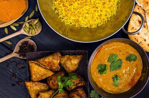 Sárga curry csirkével és jázmin rizzsel