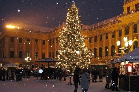 Adventi bevásárlás Bécsben buszos utazással