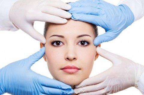 Saját zsírral történő arcfeltöltő kezelés